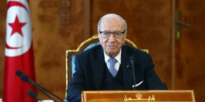 Tunus Cumhurbaşkanı vefat etti!