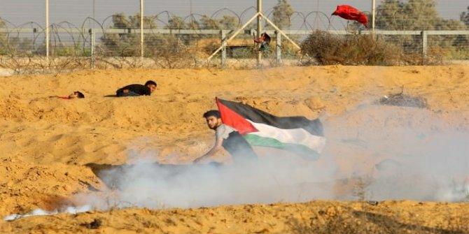 İsrail masum göstericilere ateş açtı: 1 şehit, 55 yaralı