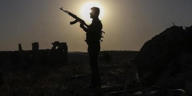 Hakkari'de sızma girişiminde bulunan 2 terörist öldürüldü