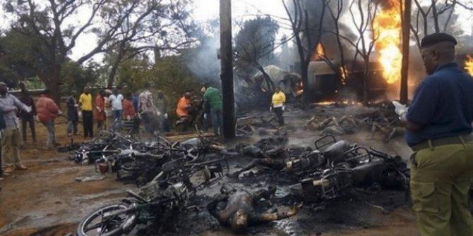 Ülkede katliam! Yakıt tankeri patladı: En az 57 ölü