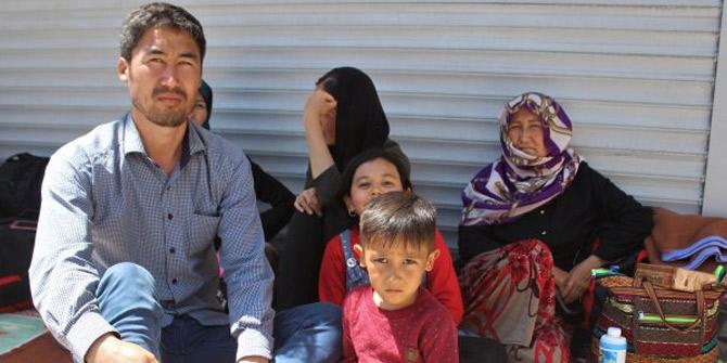 İnsan tacirleri 50 göçmeni kandırdı