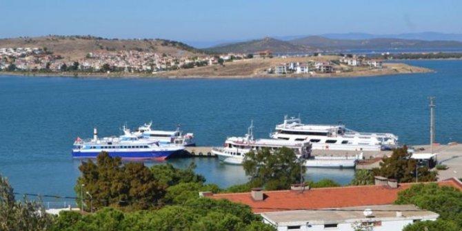 Binlerce turist Yunan adasında mahsur kaldı