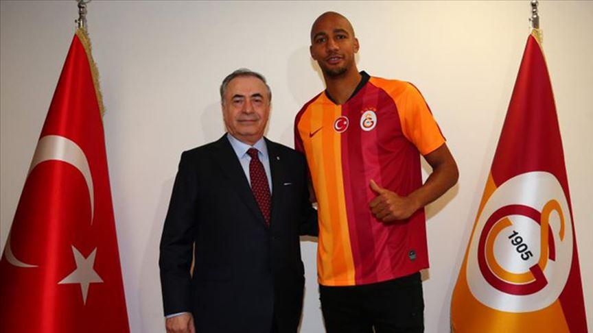 """Galatasaray'ın yeni transferi Nzonzi: """"Oynamak için sabırsızlanıyorum"""""""