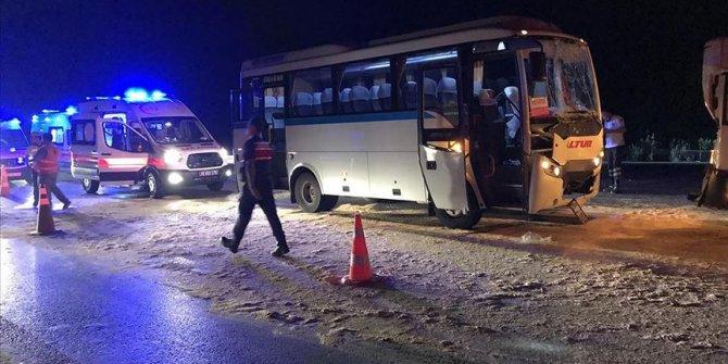 Manisa'da zincirleme trafik kazası! Çok sayıda yaralı var