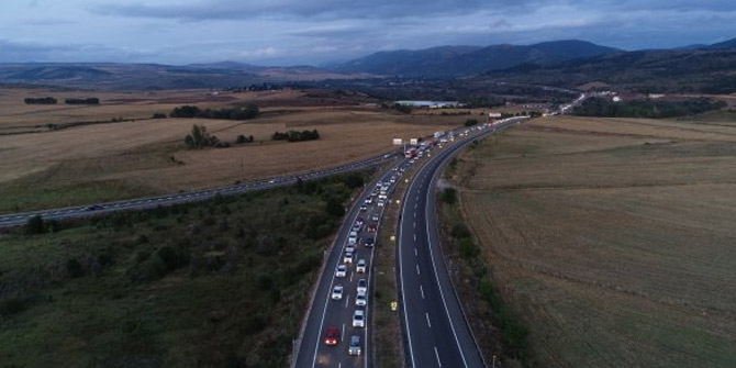Karadeniz bağlantı yolunda trafik yoğunluk