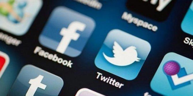 Facebook ve Twitter Çin'deki bazı hesapları askıya aldı