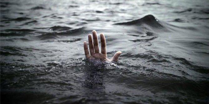 Adana'da Seyhan Gölü'ne giren bir kişi boğuldu