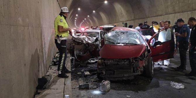 Pendik'te feci trafik kazası: 2 ölü, 1 yaralı