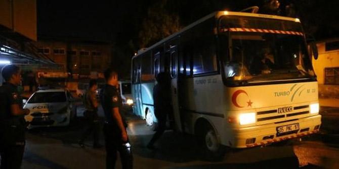 İzmir'de 19 kaçak yakalandı