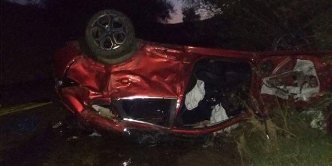 Otomobil devrildi: 2 ölü, 6 yaralı