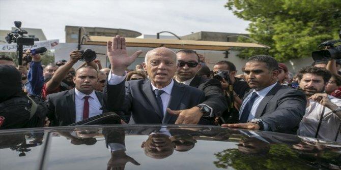 Tunus'un yeni cumhurbaşkanı Anayasa Profesörü Kays Said