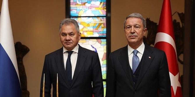 Akar: Rusya Savunma Bakanı Şoygu ile yapıcı bir görüşme yaptık