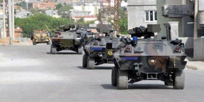 Kars'ta askeri zırhlı araca saldırı: 7 yaralı