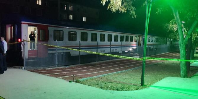 Ankara'da tren çarpması sonucu 1 kadın hayatını kaybetti