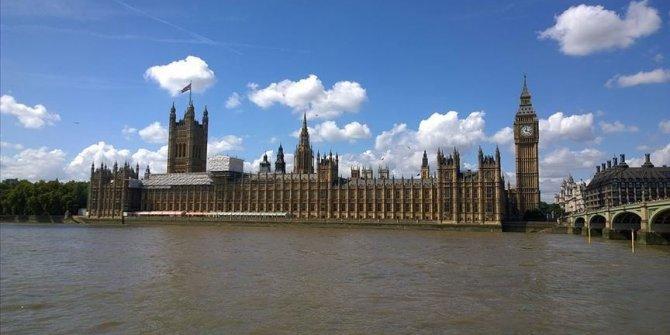 İngiltere'de Muhafazakar Parti tek başına iktidara geldi