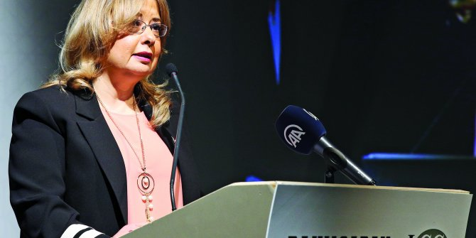 Batı Medyasına Meydan Okuyan Kadın: Gülnur Aybet