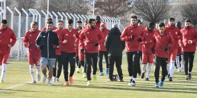 Kırmızı-beyazlılar kupa maçına hazır