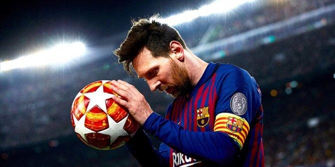 Barcelona'nın yıldızı Messi Altın Top (Ballon d'Or) ödülünü kazandı
