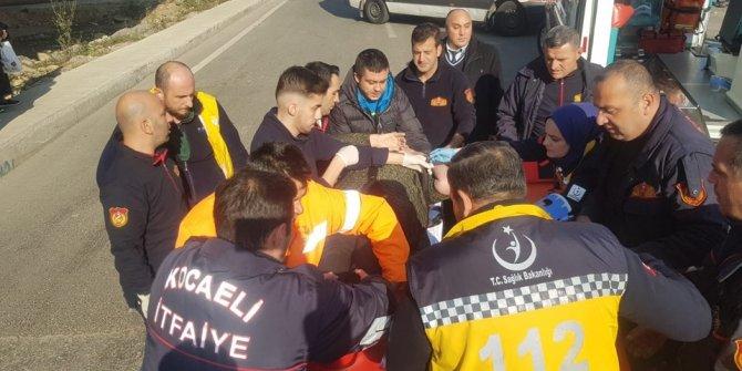 TIR ile halk otobüsü çarpıştı: 20 yaralı