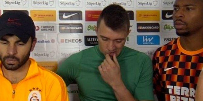 Galatasaray'da görülmemiş olay! 3 kaptan yayına çıkıp özür diledi
