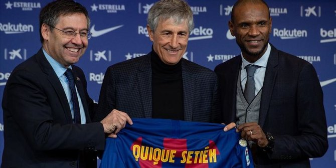 Barcelona yeni teknik direktörü Quique Setien'i tanıttı