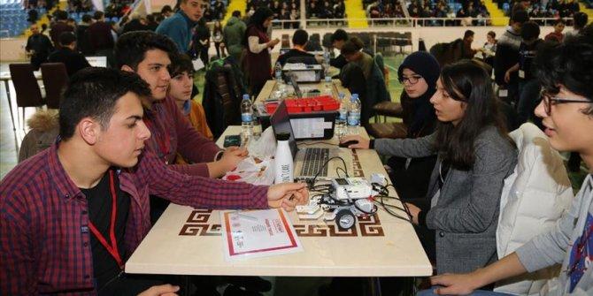 Genç Mucitler Projelerini Sergiledi