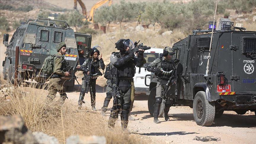 İsrail güçleri Batı Şeria'da 3 Filistinli göstericiyi yaraladı
