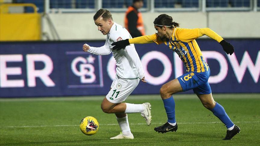 Konyaspor Ankaragücü'nü tek golle geçti