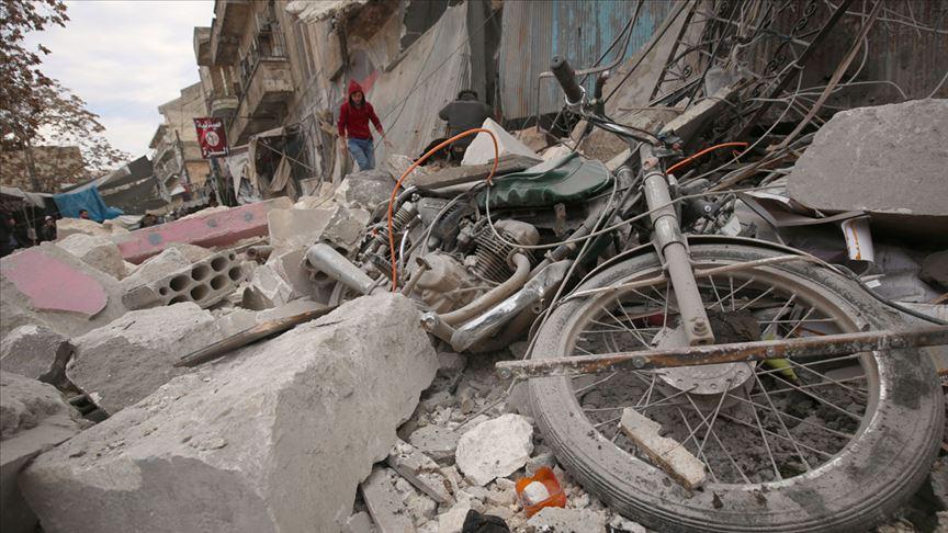 Rus savaş uçakları İdlib'i vurdu: 4 sivil öldü