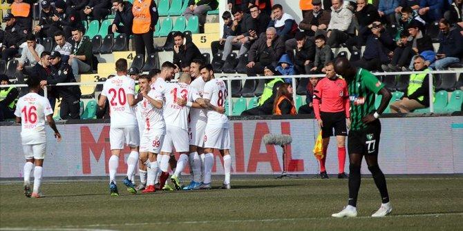 Antalyaspor deplasmanda Denizlispor'u 3-0 yendi