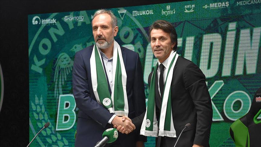 Bülent Korkmaz Konyaspor'a imzayı attı
