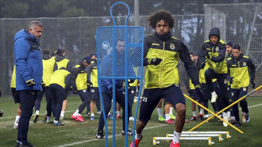 Fenerbahçe'de MKE Ankaragücü maçı hazırlıklarını sürdürdü