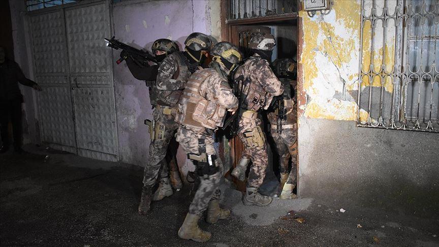 Adana'da 500 polisle şafakta uyuşturucu operasyonu