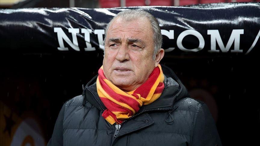 Fatih Terim Galatasaraylı futbolcularla görüntülü sohbet etti