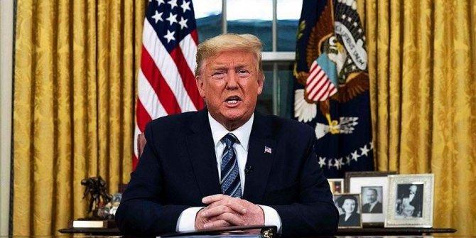 Trump'tan corona virüs hamlesi! O ismi görevden aldı