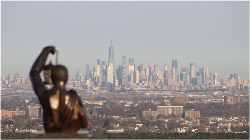 Koronavirüs New York'ta 11 Eylül saldırılarından daha fazla can aldı