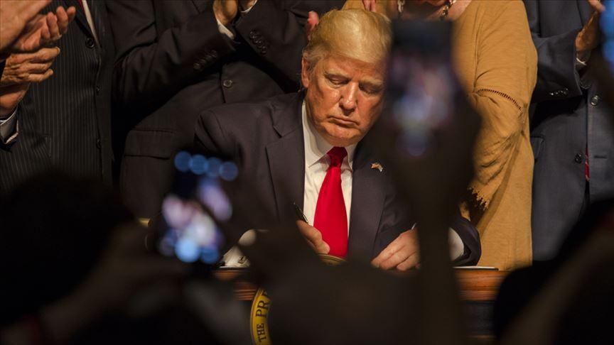 Trump bugün sosyal medya platformlarına ilişkin kararname imzalayacak