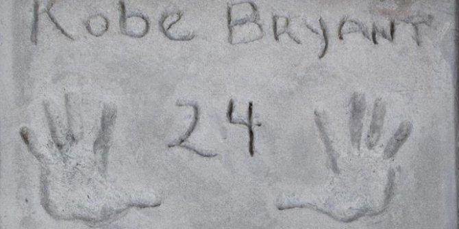 Kobe Bryant'ın el izine 75 bin dolar