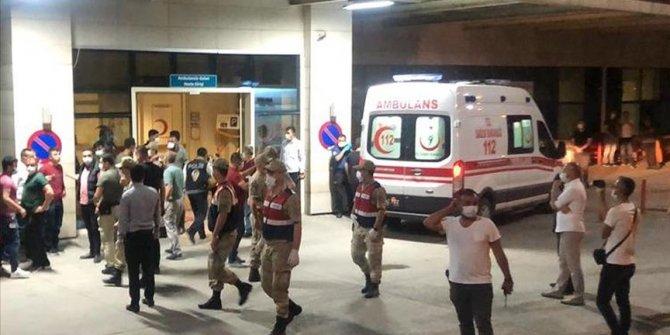Siirt'te askeri araç devrildi