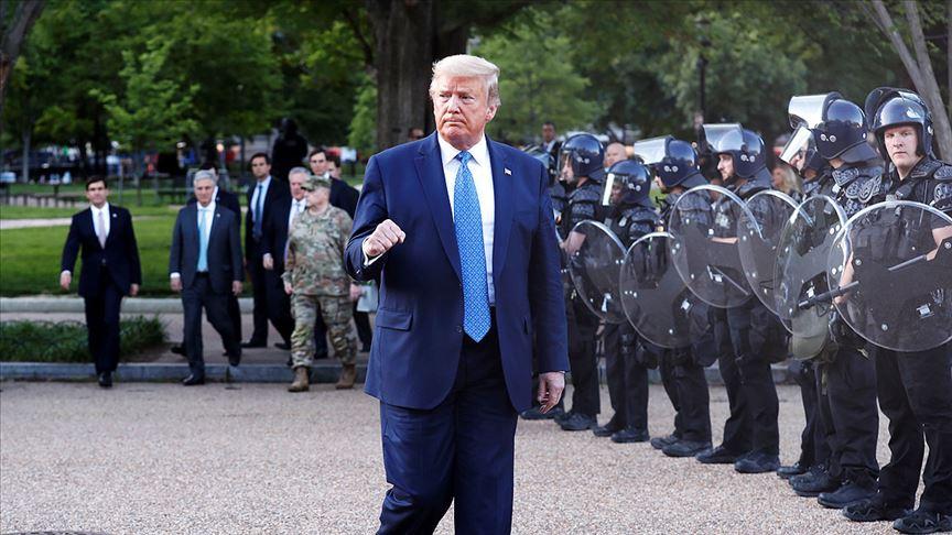 Trump, Floyd gösterilerinde sığınağa 'teftiş amacıyla' gittiğini söyledi