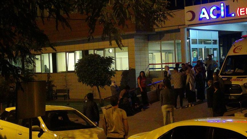 Diyarbakır'da akraba 2 aile arasında silahlı kavga: 3 ölü, 7 yaralı