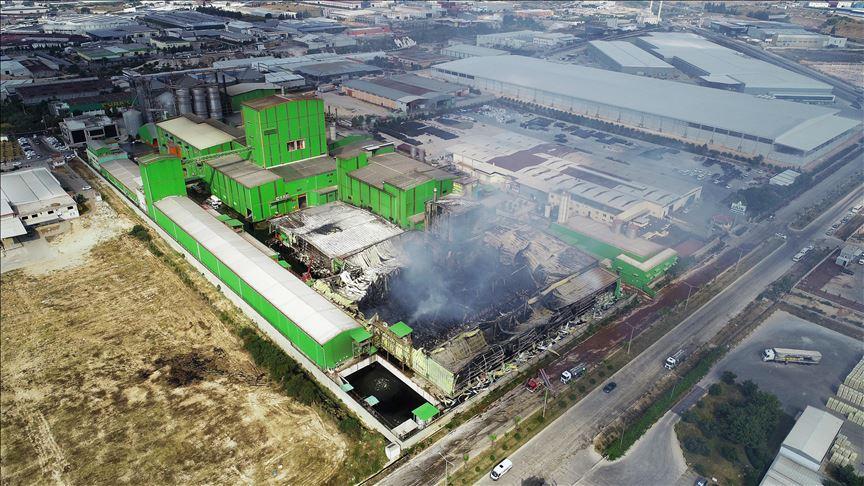 Adana'daki fabrika yangını söndürüldü