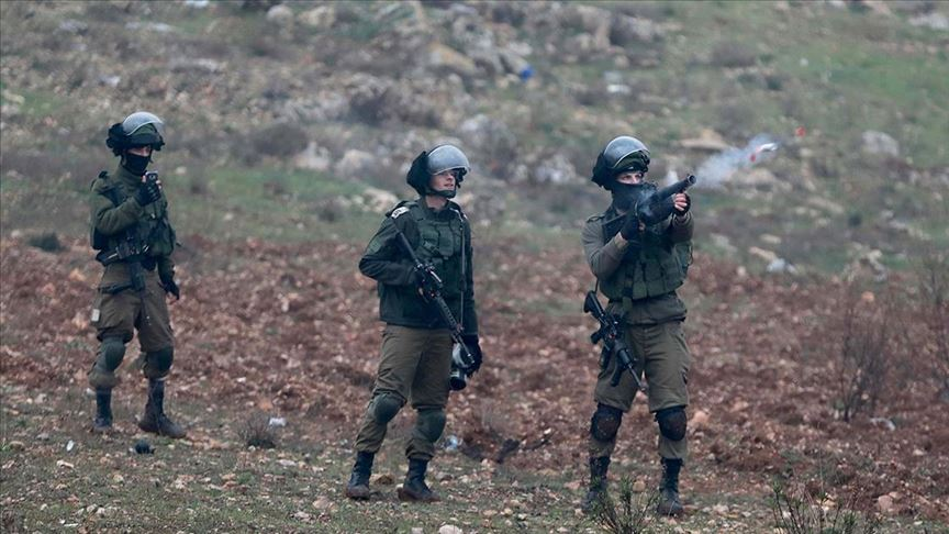 İsrail askerleri Batı Şeria'da 3 Filistinliyi yaraladı