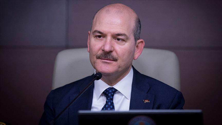 İçişleri Bakanı Soylu: İzmir'de sokakta uyuşturucu satanları koordine eden çete çökertildi