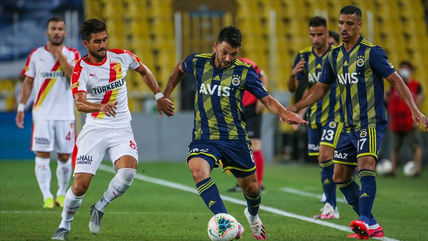 Ferdi Kadıoğlu'nun yıldızlaştığı maçta Fenerbahçe kazandı