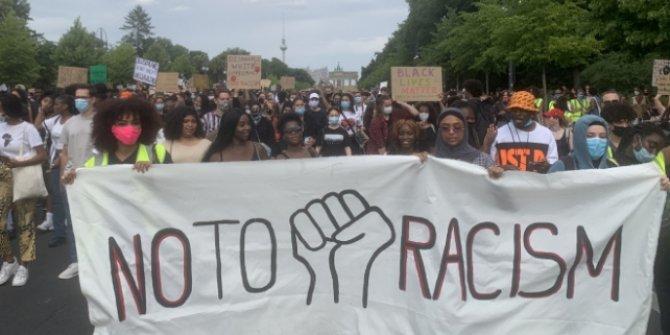 Almanya ırkçılığa karşı sokaklarda