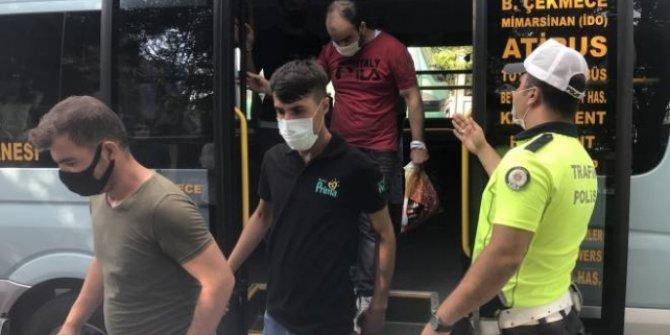 12 yolcu alması gereken minibüsten 35 kişi çıktı