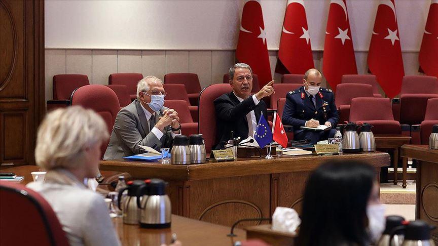 Hulusi Akar: AB'nin Türkiye'ye objektif yaklaşması her iki tarafa büyük yarar sağlayacak
