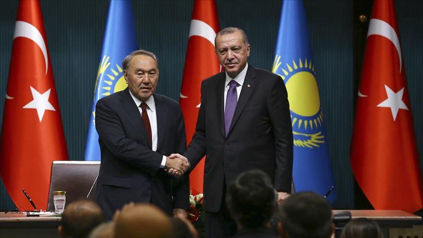 Erdoğan Kazakistan'ın kurucu Cumhurbaşkanı Nazarbayev ile telefonda görüştü
