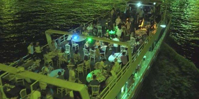Teknede eğlence yapan 49 kişiye 154 bin lira ceza